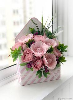 Flower Bouquet Birthday Floral Arrangements Pink Roses Flower Bouquet Birthday Floral Arrangements P Flower Box Gift, Flower Boxes, Gift Flowers, Happy Birthday Flower, Crepe Paper Flowers, Deco Floral, Flower Crafts, Flower Decorations, Handmade Flowers