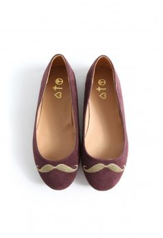 these are just so cute...mustache flats