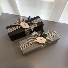 Wrapping Gift, Elegant Gift Wrapping, Gift Wraping, Creative Gift Wrapping, Christmas Gift Wrapping, Creative Gifts, Christmas Gifts, Pretty Packaging, Gift Packaging