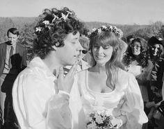 Singer Arlo Guthrie says wife, Jackie