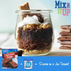 Want to switch up your s'mores? Layer brownies, Fluffy Frost™ Vanilla Marshmallow Flavored Frosting, graham crackers, hot fudge, and chocolate chips in a jar.