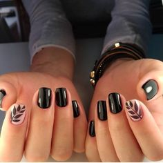 Narure nail art // black fern nail art // nail design goal