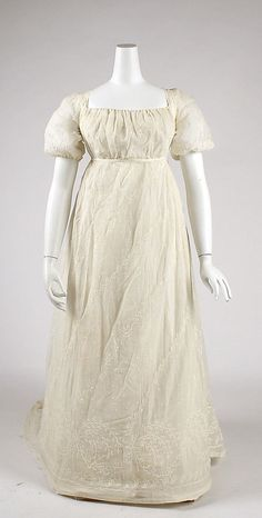 Embroidered cotton or silk mull wedding dress with train, American, 1805-1808.