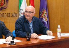 Ruiz culpa al PSOE de la campaña de acoso de los sindicatos policiales y bomberos