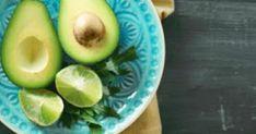 10 φρούτα και λαχανικά που βοηθούν στο γρήγορο αδυνάτισμα Honeydew, Avocado, Health Fitness, Fruit, Photoshop, Food, Health And Wellness, Honeydew Melon, Essen