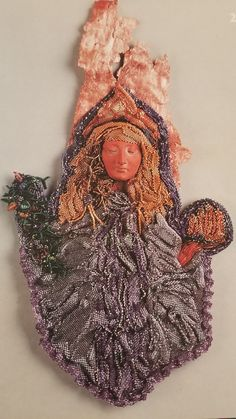 Face by Diane Briegleb. Beaded by Jeanne Dowd Cohen