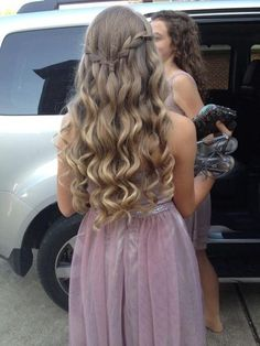 Idée Tendance Coupe & Coiffure Femme 2018 : Blonde curls with a waterfall braid connecting both sides very sweet and youthf Grad Hairstyles, Prom Hairstyles For Long Hair, Dance Hairstyles, Curled Hairstyles, Cute Hairstyles For Homecoming, Hair For Homecoming, Elegant Hairstyles, Wedding Hairstyles, Graduation Hairstyles 8th Grade