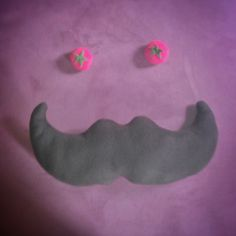 Put a furry mustache, tomatoes and... smile! Creativity with humor is a good mix. Be #brandirized