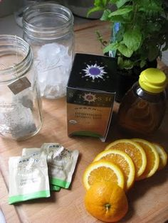 Metabolism Booster Iced Tangerine Mint Green Tea (Dr. Oz Green Tea Drink Recipe): 4 green tea bags, 1/2 tangerine, sliced, fresh mint, honey to taste, boiling water, ice