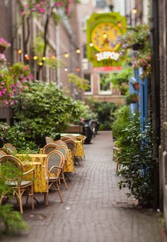 Street Cafe in Amsterdam, Holland Places Around The World, Oh The Places You'll Go, Places To Travel, Around The Worlds, Beautiful World, Beautiful Places, Magic Places, Sidewalk Cafe, Voyage Europe