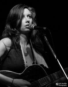 https://flic.kr/p/VH2Fnr | Lera Lynn @ Tractor Tavern | Lera Lynn performs on August 24, 2012 at the Tractor Tavern in Seattle, Washington, USA