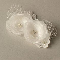 Ivory Hair Flowers, Bridal Hair Clips, Wedding Headpiece, Flower Hair Pieces, Ivory Bridcage Fascinator, Wedding Hair Accessories - Set of 2