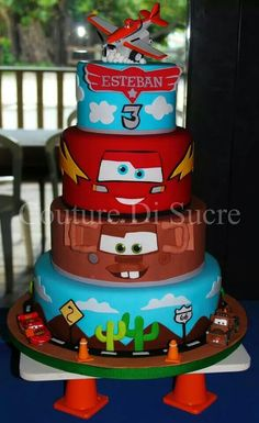 Cars and airplane cake Car Themed Parties, Cars Birthday Parties, First Birthday Cakes, Planes Cake, Kids Restaurants, Hot Wheels Birthday, Disney Cars Birthday, Colorful Cakes, Occasion Cakes