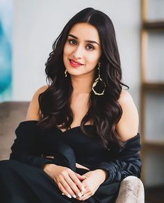 Credit from - Bollywood actress Shraddha Kapoor and Baahubali star Prabhas photographed in Dubai ahead of the release of… Indian Bollywood Actress, Bollywood Girls, Beautiful Bollywood Actress, Bollywood Stars, Beautiful Indian Actress, Bollywood Fashion, Indian Actresses, Beautiful Women, Prettiest Actresses