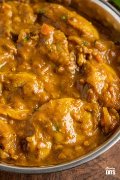 Chicken Dupiaza (Dopiaza) with Pilau Rice - create the perfect Indian takeaway meal at home with this delicious curry recipe. Slimming World Chicken Recipes, Chicken Thigh Recipes, Chicken Thighs Indian Recipe, Best Chicken Curry Recipe, Slimming Recipes, Indian Food Recipes, Asian Recipes, Duck Recipes, Turkish Recipes