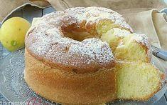 CIAMBELLA ALLO YOGURT CON CREMA AL LIMONE da 20 cm di diametro Con questo dolce si ottengono circa 8/10 porzioni Yogurt intero bianco: 125 g Uova medie: 3 Zucchero di canna Zefiro Eridania (oppure semolato): 120 g Farina 00: 200 g Frumina: 100 g (in alternativa sostituire con altra farina 00) Aroma di arancia: fialetta oppure scorza di arancia bio Lievito per dolci: 1 bustina