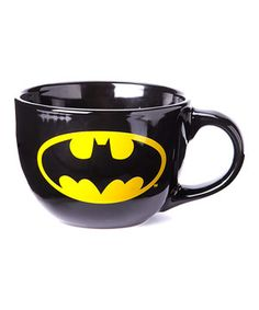 Serve up satisfying soup or a colossal coffee in this superhero-sized mug. The vivid color and bold logo make this piece an uplifting gift for friends, family and fans of all ages. I Am Batman, Batman Logo, Batman Vs Superman, Batman Stuff, Batman Robin, Merry Chritsmas, Nananana Batman, Logo Mugs, Bold Logo