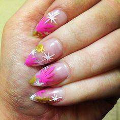 Acrylic Chronic // Weed-Inspired Nail Art Ideas