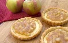 Mellark's Bakery Goat Cheese and Apple Tarts from The Hunger Games  www.fictionalfood.net