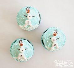 Frozen Olaf Cupcakes | Disney Frozen dessert #frozen #olaf #cupcakes