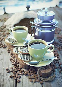 より大きなバージョンの画像をクリックしてください。 名前:CoffeeCups_01.jpg再生回数:299サイズ:318.7 KB ID:408348