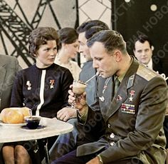 Valentina Tereshkova and Yuri Gagarin, The first man and woman in space. 52 years ago today (April Yuri Gagarin became the first human in space, how are you going to celebrate it? Valentina Tereshkova, Juri Gagarin, Yuri, Soviet Art, Space Race, First Humans, Space Program, Historical Pictures, Space Exploration
