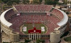 Bryant-Denny Stadium has a capacity of 101,821. It is the fifth laggest NHL stadium in USA.