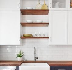 idea for open shelves above the sink