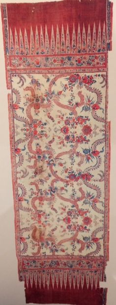 White-ground, red-end Somana Tuppotiya with an asymmetric patter, 18th century, Coromandel Coast, reportedly found in Sri Lanka. As featured in the book 'Indian Cotton Textiles; Seven centuries of Chintz from the Karun Thakar Collection' by John Guy and Karun Thaker. Cotton Textile, Indian Textiles, Furniture Making, Sri Lanka, 18th Century, Coast, Guy, Colours, Contemporary