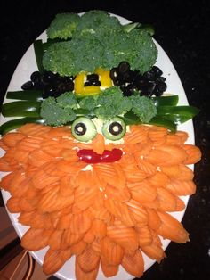 Patrick's Day Veggie Leprechaun appetizer St. Patrick's Day Veggie Leprechaun appetizer St. Irish Appetizers, St Patrick's Day Appetizers, Chicken Appetizers, Christmas Appetizers, Appetizer Recipes, Dinner Recipes, St Patrick Day Snacks, St Patricks Day Drinks, St Patrick's Day Traditions