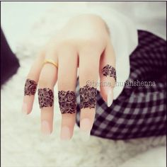 This is what i want to get..henna design