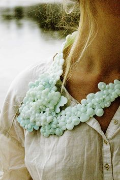 (BE) - LAURIEN CAUWENBERG -- Cell Necklace (silicone, sewing thread)