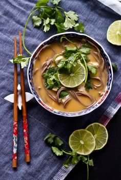 Thai Coconut Chicken Noodle Soup – This delicious soup recipe is great for winter dinners. Its fresh flavors come from Swanson's Low-Sodium Chicken Broth, coconut milk, curry paste, lime and many other tasty ingredients. Thai Coconut Chicken, Thai Chicken, Asian Recipes, Healthy Recipes, Healthy Soups, Soup Recipes, Cooking Recipes, Cooking Food, Noodle Soup