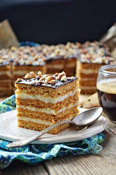 Honey Cake with Creamy Semolina (Stefanka) Polish Desserts, Polish Recipes, No Bake Desserts, Pineapple Coconut Bread, Cake Recipes, Dessert Recipes, Honey Cake, How Sweet Eats, Yummy Cakes