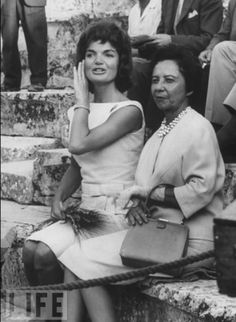 jackie bouvier kennedy onassis sitting.png