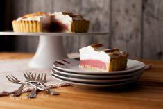 Raspberry Meringue Pie — What the Fruitcake?!