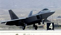 Aviões by Daniel Alho / F-22 Raptor Landing Nellis AFB