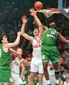 Dominique Wilkins Panathinaikos 10 Pro Basketball, Basketball Pictures, Basketball Players, Dominique Wilkins, Atlanta Hawks, All Star, Sports, Gate, Europe
