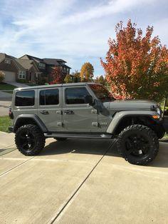 Jeep Wrangler Sport, Jeep Wrangler Rubicon, Jeep Wranglers, All Black Jeep Wrangler, Jeep Wrangler Unlimited, Fancy Cars, Cute Cars, My Dream Car, Dream Cars