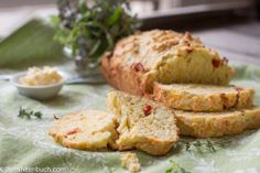 Savory bread with sun-dried tomatoes