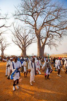 The traditional choda dance in Lake Malawi ©Michel Figuet