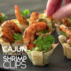 Eat Stop Eat To Loss Weight - Food Obsessions: Cajun Guacamole Shrimp Cups - In Just One Day This Simple Strategy Frees You From Complicated Diet Rules - And Eliminates Rebound Weight Gain Seafood Recipes, Mexican Food Recipes, Cooking Recipes, Healthy Recipes, Seafood Meals, Cooking Food, Appetizers For Party, Appetizer Recipes, Shrimp Appetizers
