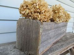 Crafts Using Old Fencing   long flower box from old fencing