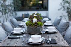 Le dressage d'une table accueillante est aussi importante que les mets qui seront proposés. Ambiance, styles...