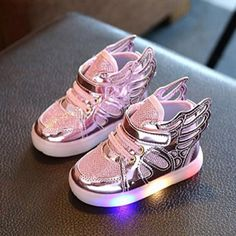 e1e54a654c49 1Pcs Winter Baby Kids Shoes Sneakers Lights for Girls Boys Comfortable Wing  Boots Warm Breathable Shoes