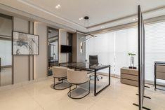 Clínica Ville D'or, para Luval e Paula Contin Interiores – RPGuimarães Home Office, Divider, Wall, Room, Furniture, Home Decor, Ideas, Interiors, Houses