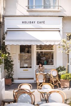 Outdoor Cafe Seating Coffee Shop Paris France 39 Ideas For 2019 Deco Restaurant, Restaurant Seating, Outdoor Restaurant, Modern Restaurant, Cafe Shop Design, Restaurant Interior Design, Shop Interior Design, Small Cafe Design, Mall Design