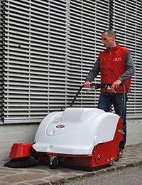 Oferta firmy Higiena Serwis z Warszawy obejmuje również możliwość wypożyczenia maszyn czyszczących.