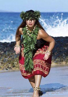 Hula by ocean Polynesian Dance, Polynesian Islands, Polynesian Culture, Hawaiian Islands, Polynesian People, Hawaiian Girls, Hawaiian Dancers, Hawaiian Art, Hawaiian Sayings