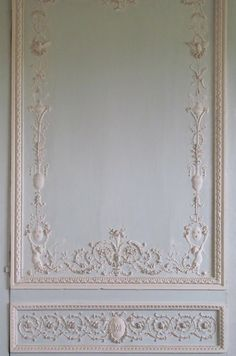 """Le Petit Trianon, Boiserie detail on the wall of the """"Cabinet of Movable Mirrors"""